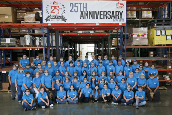 Small paint shop expands its reach across the world over 25 years